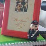 Portafoto rosso con carabiniere