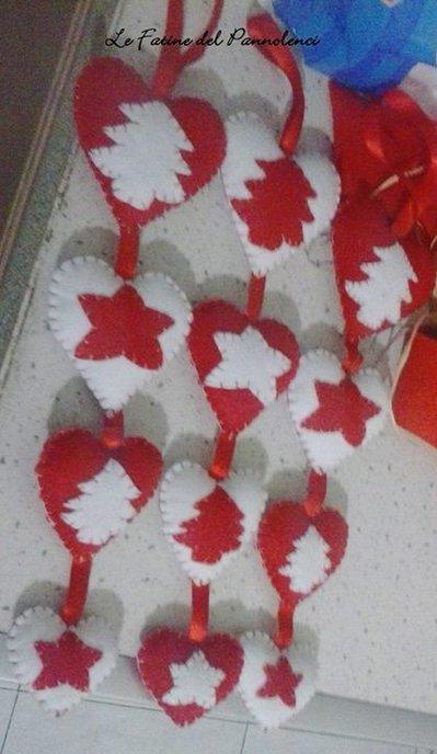 Decorazioni natalizie fatte a mano