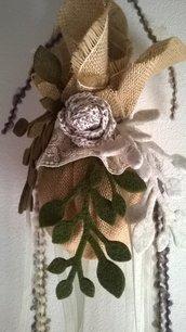 Sfera di Natale rose, pizzo e perle
