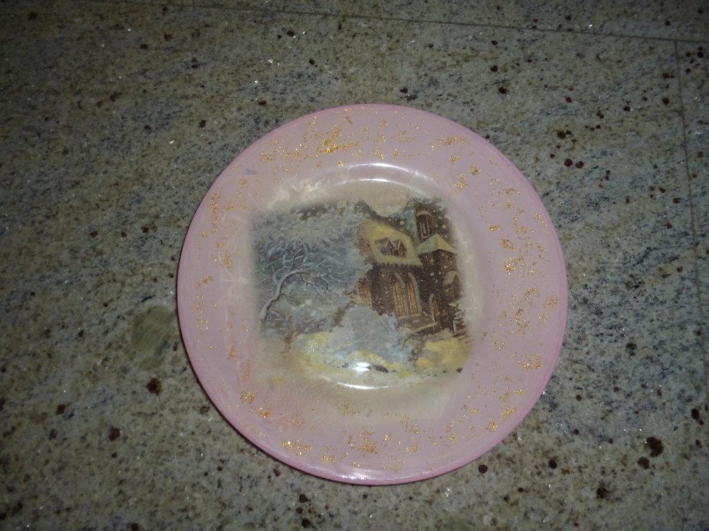 Piatto Natalizio in Vetro decorato con la tecnica del Decoupage Pittorico