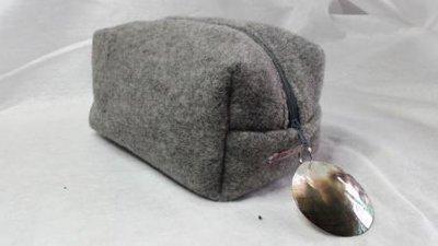 Boxie Pouch lana grigio perla
