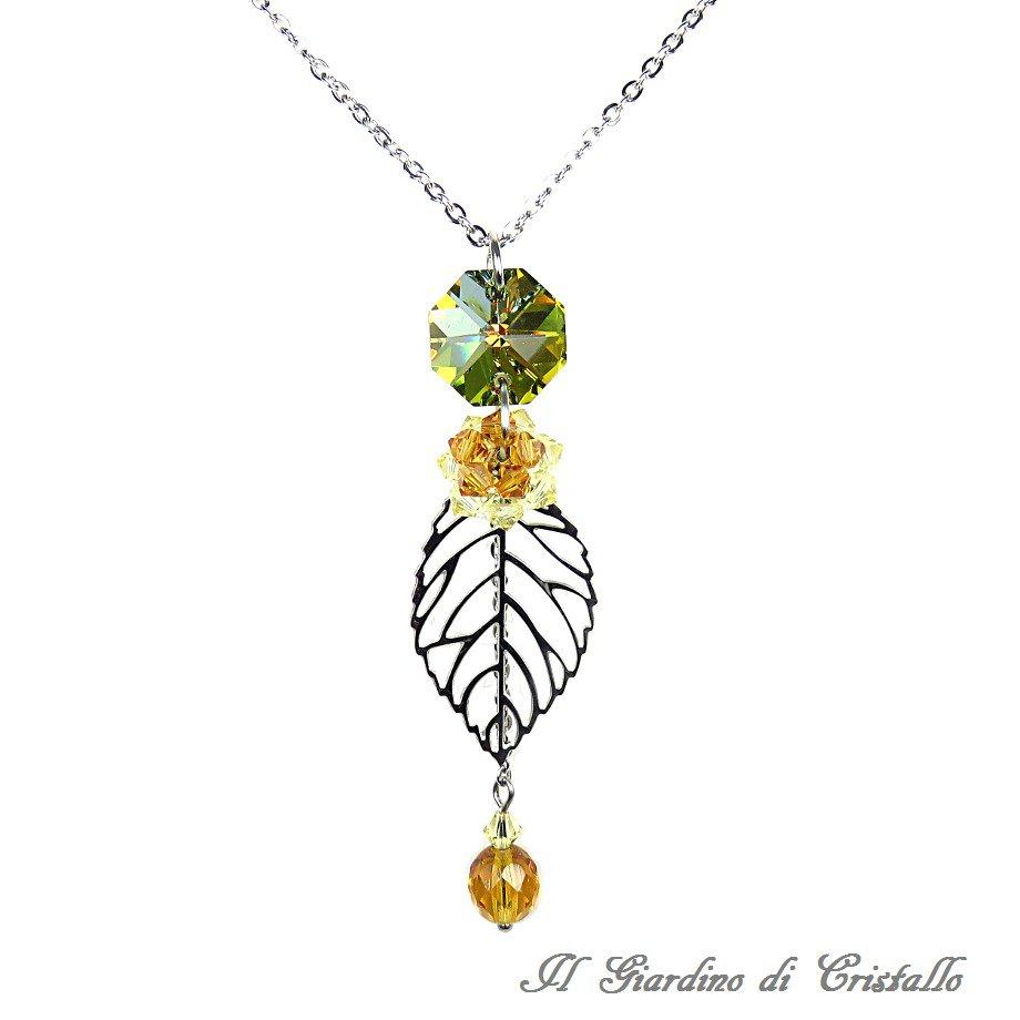 Collana lunga foglia acciaio cristalli verde oro Swarovski topazio fatta a mano - Acacia