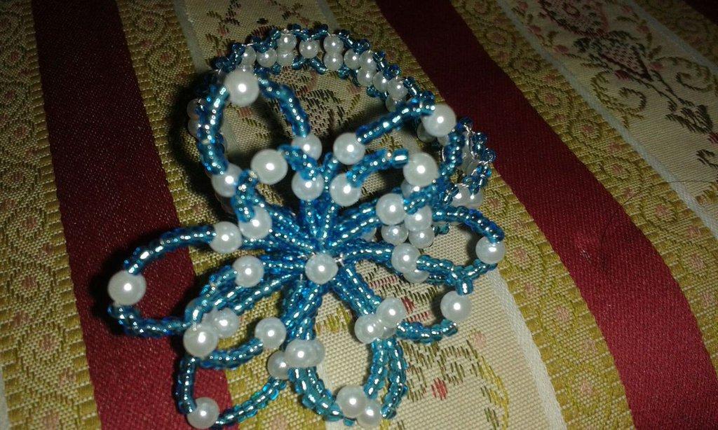 Ferma-tovaglioli con perline