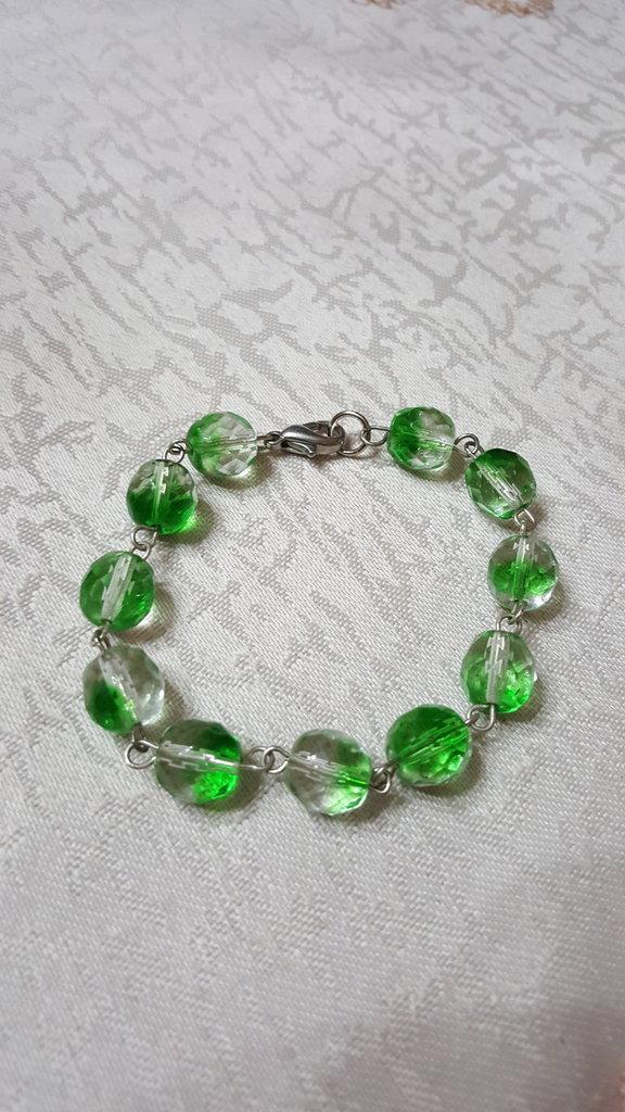 bracciale in cristalli di boemia con sfumature di verde