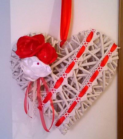 Natale cuore di legno da appendere, fuoriporta, addobbi natalizi, decorazione casa fiori di raso