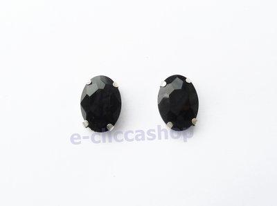 pietra vetro ovale con castone  nero