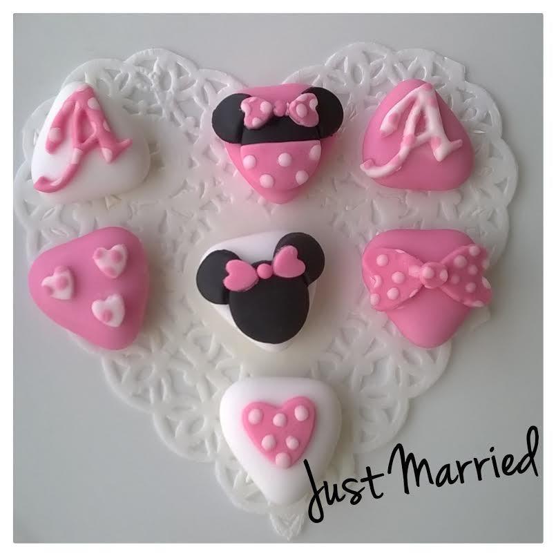 confetti decorati a tema Minnie Mouse, compleanno bimba, battesimo bimba