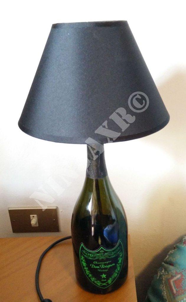 Abat jour Lampada da tavolo Bottiglia Dom Perignon Luminous