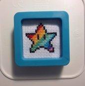 Magnete stellina Super Mario Bros. versione arcobaleno