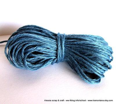 filato di lino per collane e bijoux - 20 mt. color azzurro carta da zucchero - SPESE DI SPEDIZIONE GRATIS