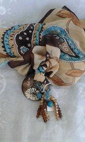 Foulard gioiello marrone e turchese