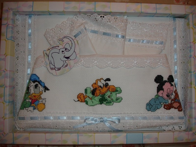 Lenzuolino Per Carrozzina Con Personaggi Disney Baby