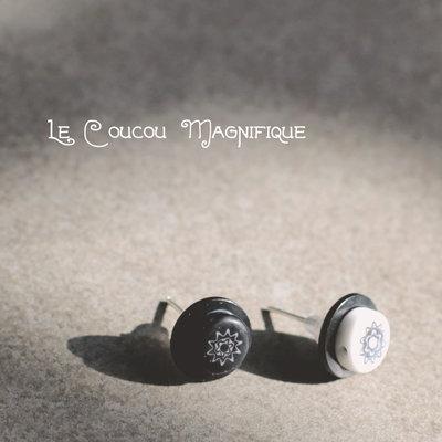 Orecchini bianchi e neri, a lobo con bottoni vintage e murrine - O.35.2015