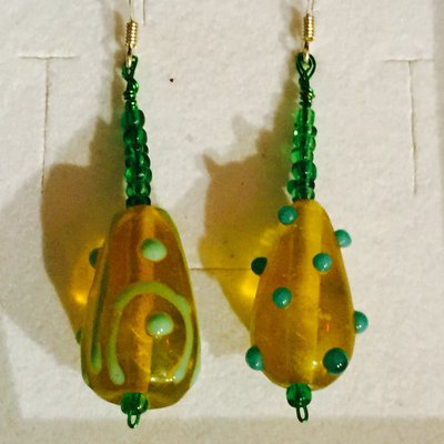 Orecchini goccea di verde