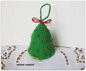 Alberello natalizio ad uncinetto da appendere