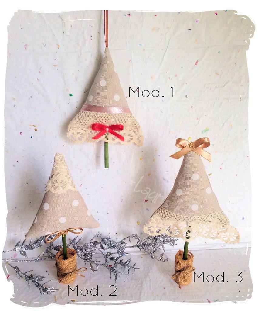 Alberelli di Natale shabby chic in cotone a pois e  imbottitura profumata