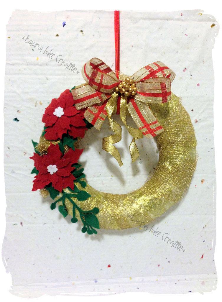 Ghirlanda natalizia dorata