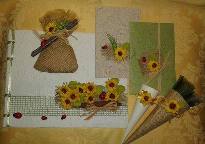 Segnaposto Matrimonio Tema Girasoli : Partecipazione nozze tema girasole in carta cotone feste matrim