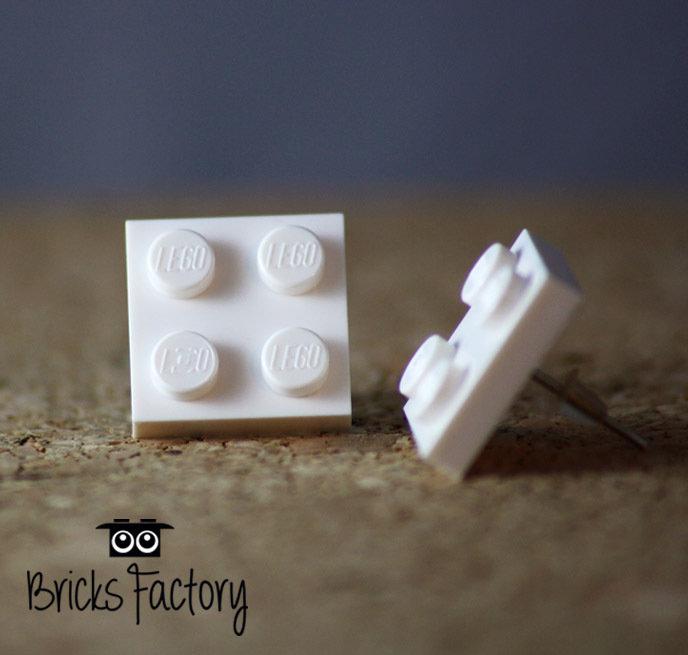 Orecchini LEGO originali a lobo bianchi piatti