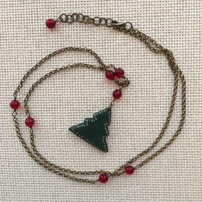 Collana Albero di Natale con perline in vetro rosso