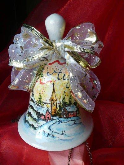 campana natalizia in ceramica
