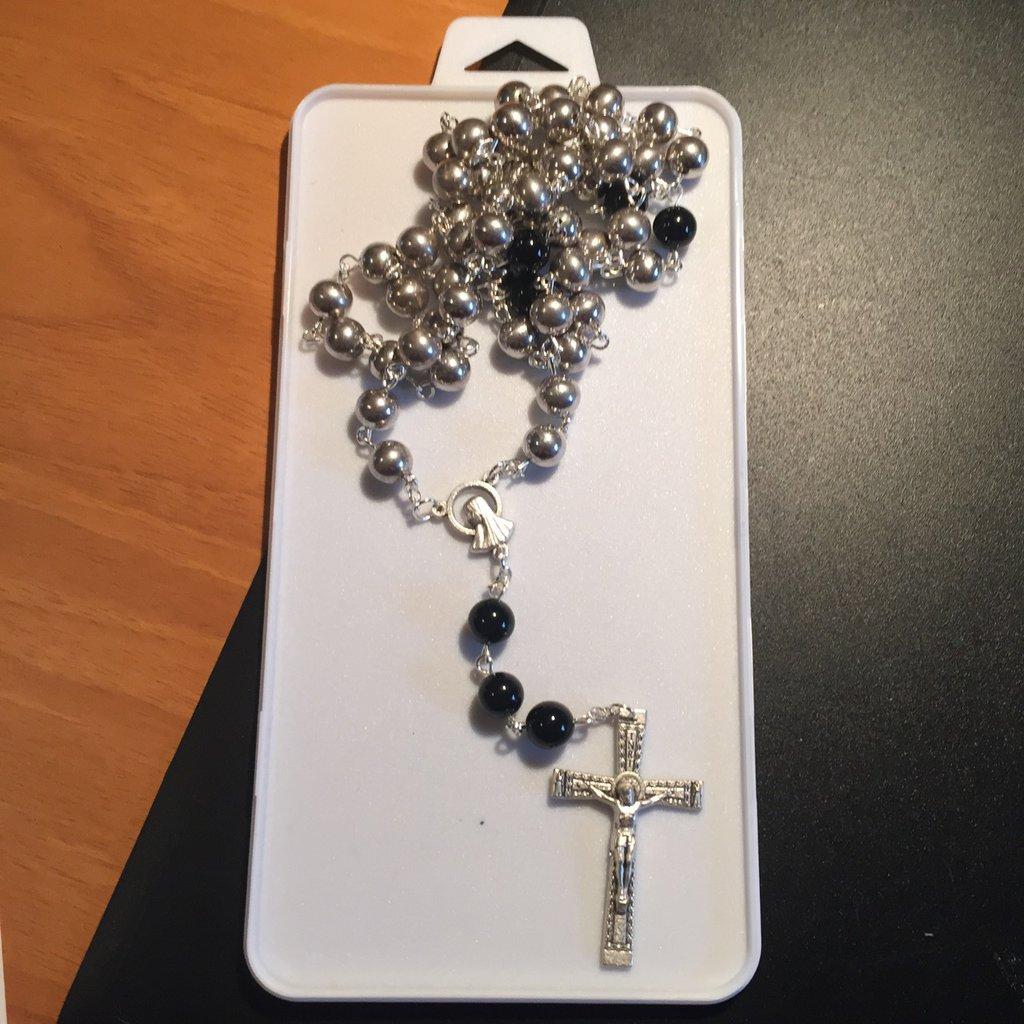 Rosario con perle in acciaio e nere