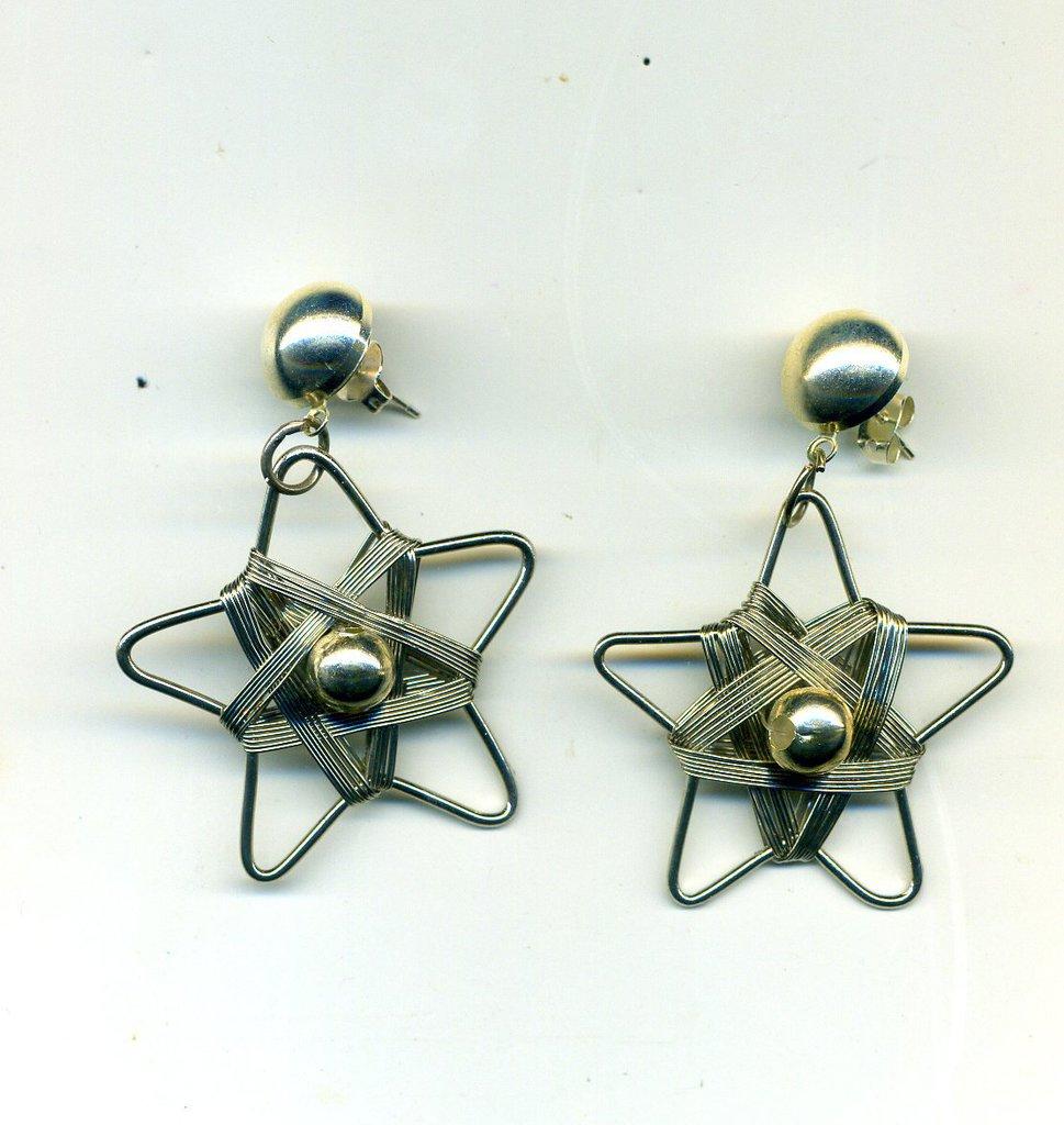 Orecchini natalizi con stella in metallo argento