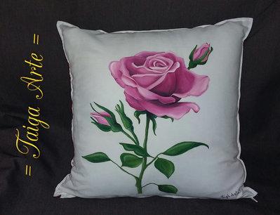 Rosa con boccioli cuscino