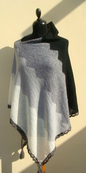 poncho mantella in mohair