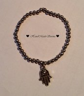 braccialetto perline in acciaio con charm