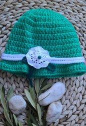 Cappellino lana bambina uncinetto