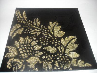 Piatto ,in vetro nero,svuota tasche portacioccolatini decorazione stencil materico