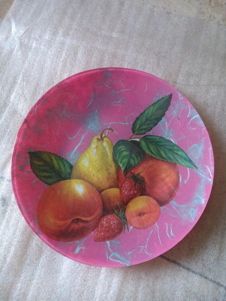 Piatto frutta colorato
