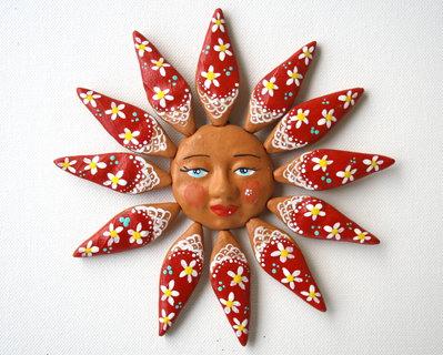 Sole da appendere a parete in terracotta dipinto a mano / Bomboniera (22)