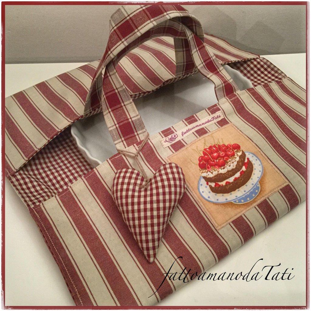 Porta torte in cotone a righe bordò con appliquè torta di ciliegie