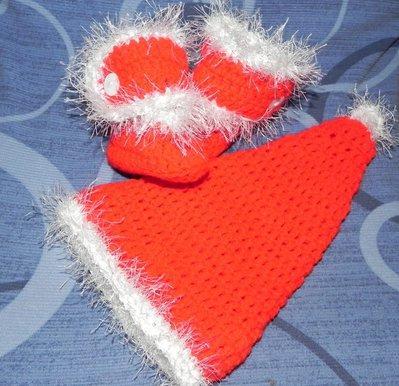 Stivaletti e cappellino BABBO NATALE rosso e bianco bebè unisex  2-6 mesi