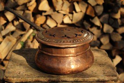 Scaldaletto scaldino antico in rame fatto a mano