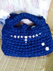 Pochette in fettuccia blu