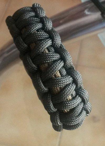 Bracciale intrecciato in corda