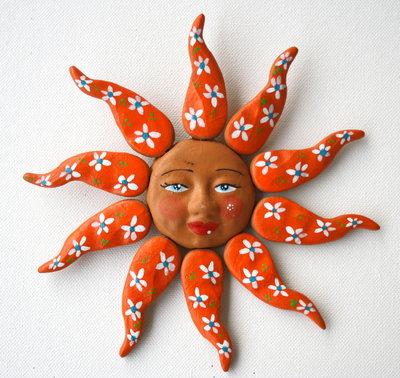 Sole da appendere a parete in terracotta dipinto a mano / Bomboniera (14)