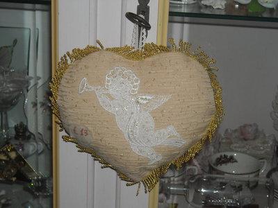 addobbo natalizio cuore con angioletto