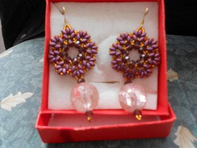 orecchini a forma di fiore