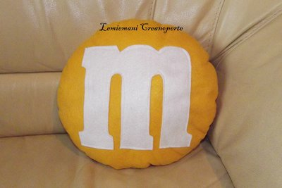 Cuscino M&M's M&M Giallo PRONTA CONSEGNA idea regalo San Valentino