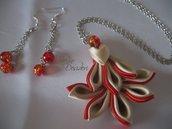 Parure Collana con medaglione Kanzashi Rosso e Beige ed Orecchini