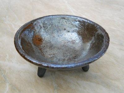 piccolo tripode bronzo