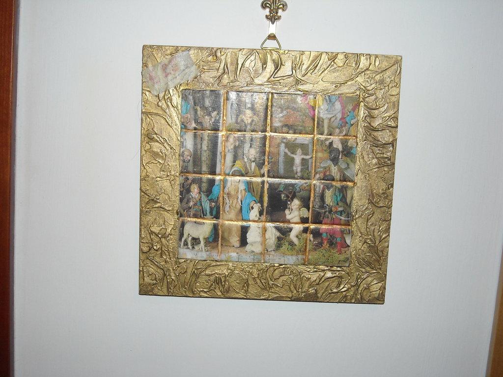 Quadro tipo mosaico con presepe di S.Martino