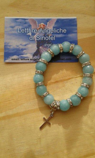 Bracciale AMULETO in perle di AGATA AZZURRA con crocina