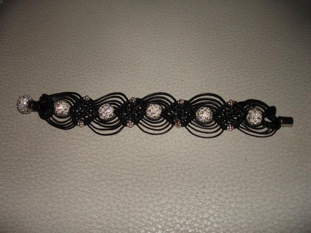 Bracciale in macrame' di 18 cm