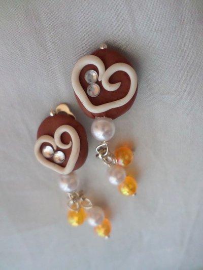 Dolce cuore, cioccolato e panna con perline - orecchini clip (senza foro)