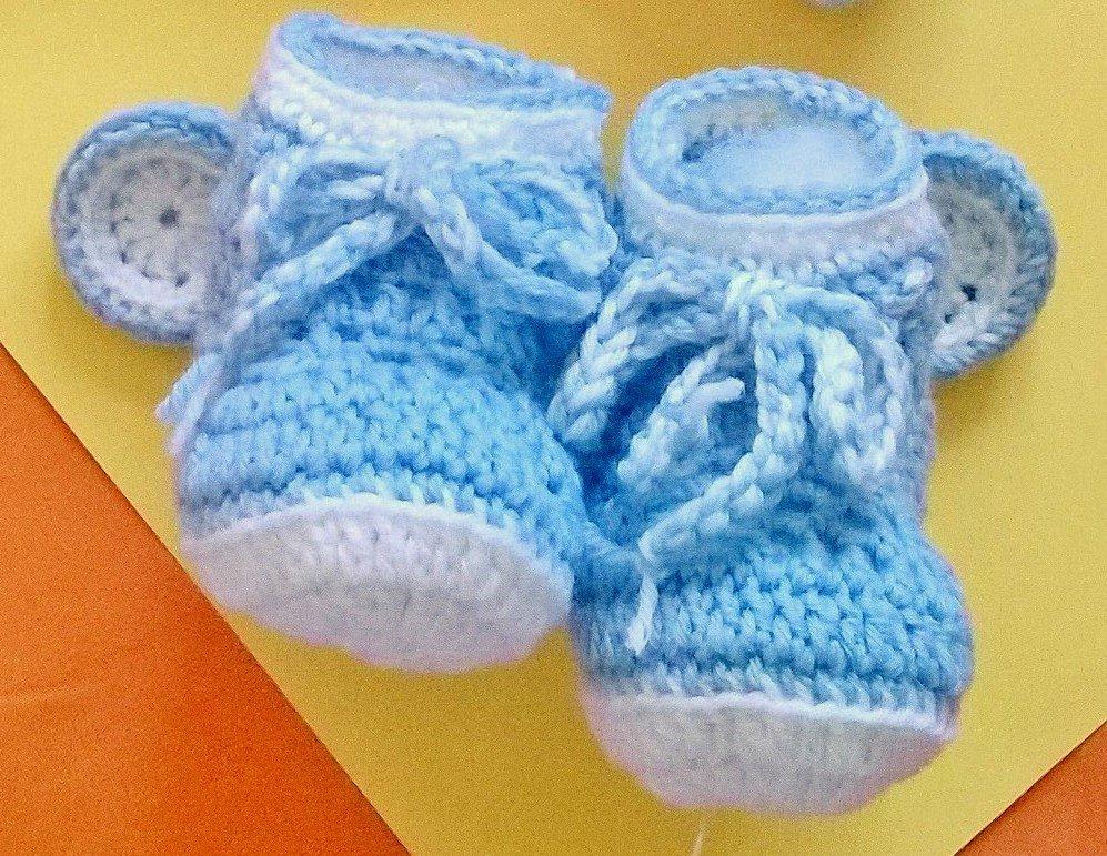 Scarpette Orsetto, azzurre o rosa per neonato, pura lana vergine, fatte a mano ad uncinetto